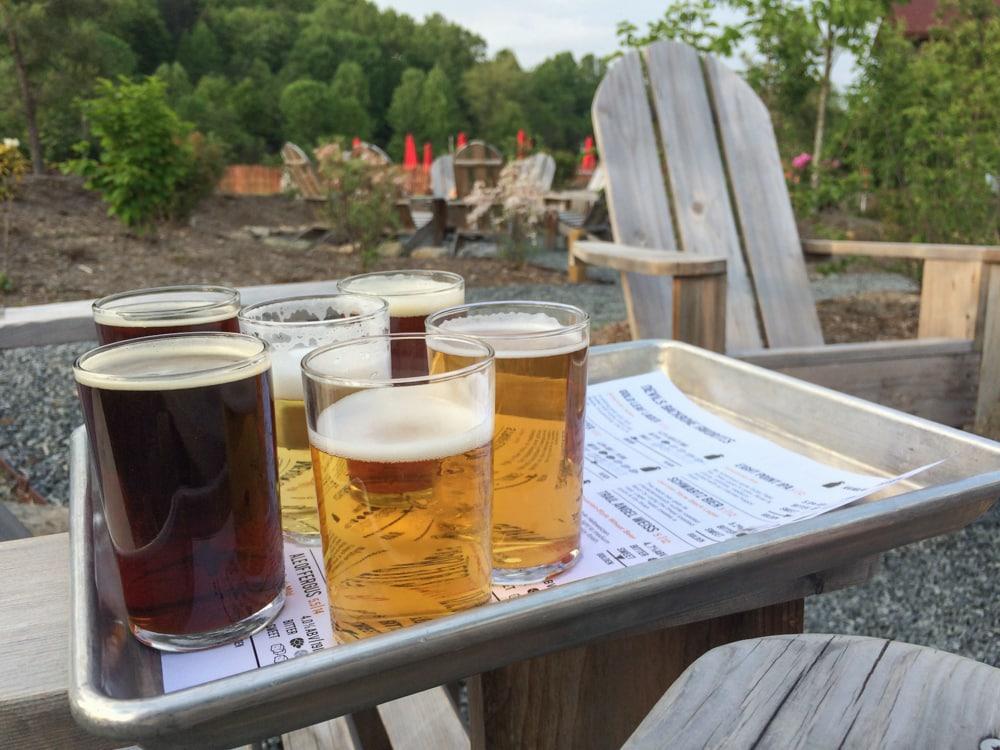 Craft beer flight, Devils Backbone Brewing Company