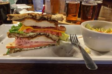 Fried chicken sandwich, Legend Brewing Company