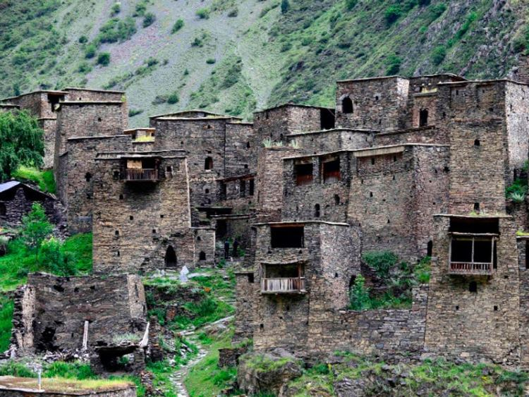 Mountain Holidays in the South Caucasus: Shatili