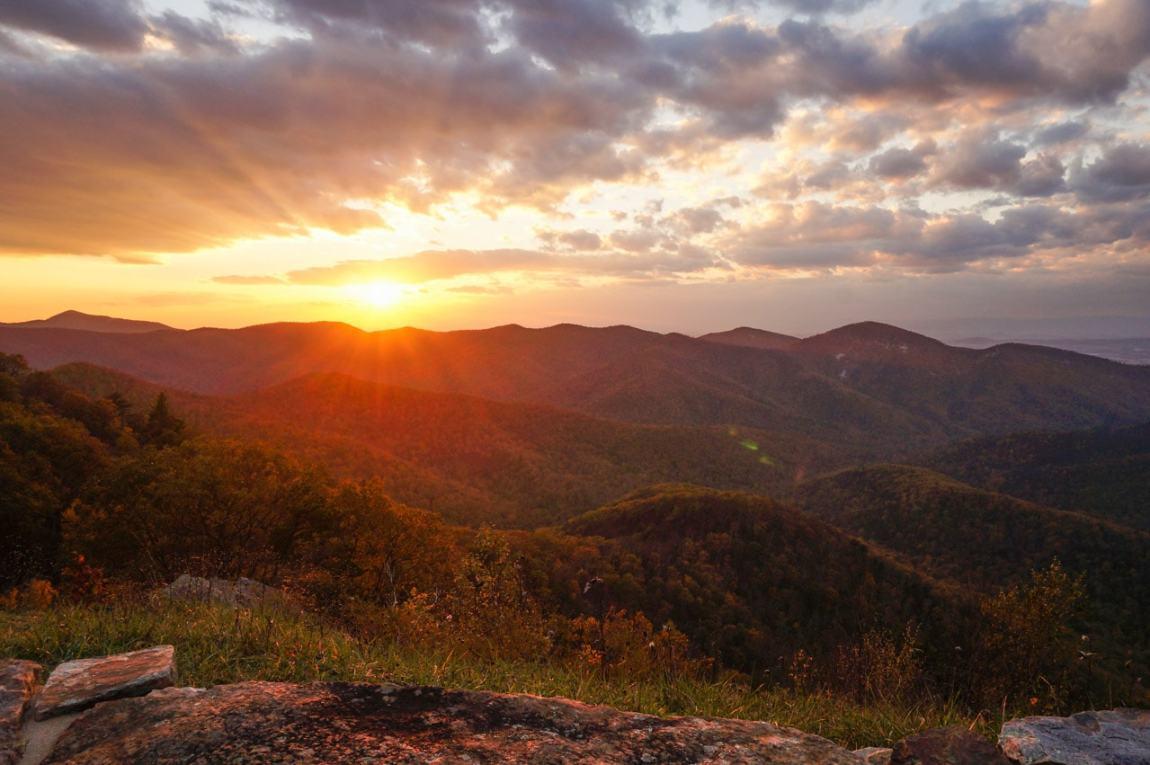 Rockytop Overlook Sunset in Shenandoah National Park, Virginia