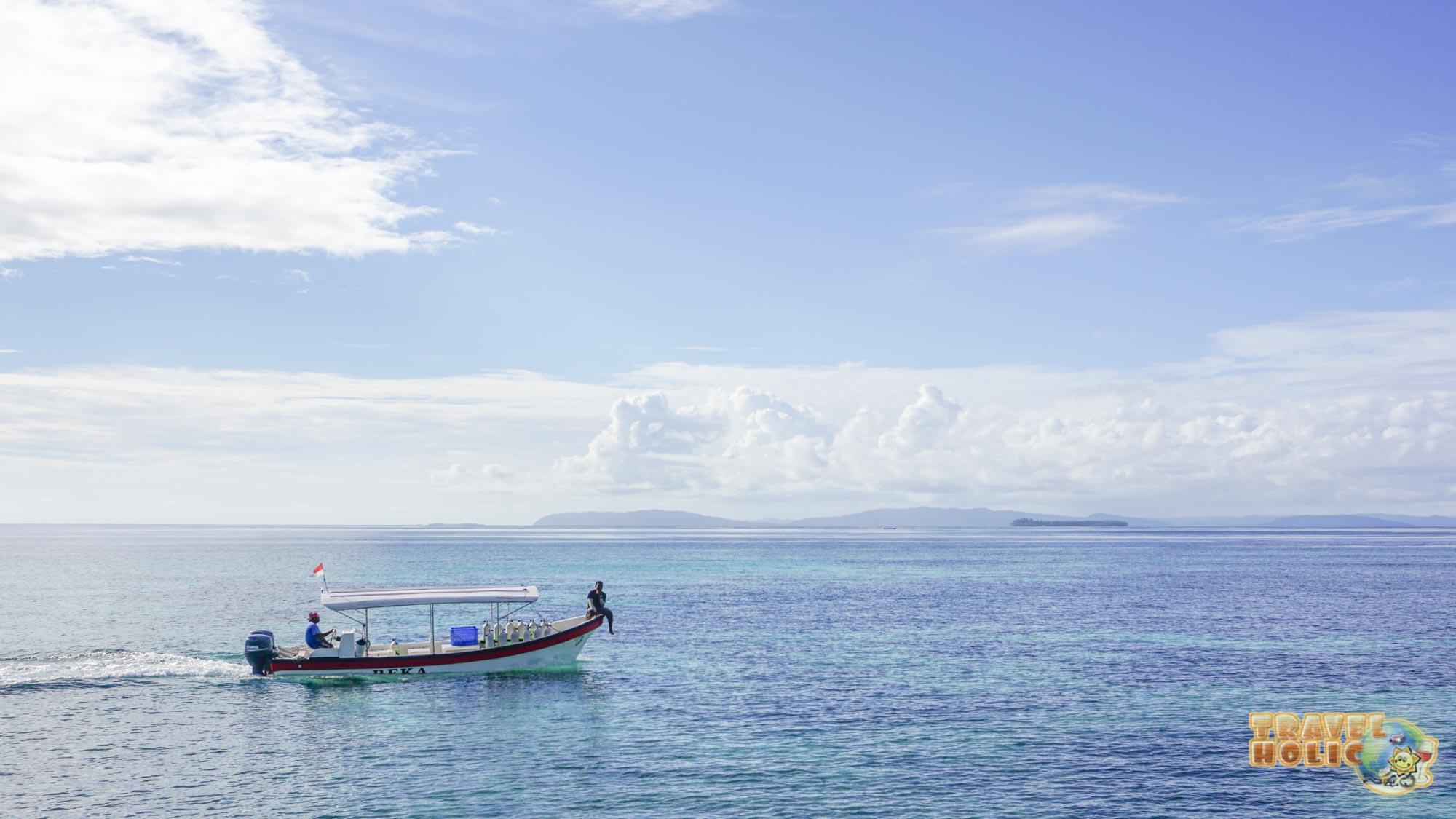 Bateau de plongée du Papua Paradise Eco Resort
