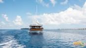 Plonger à travers les Maldives sur le Nautilus One