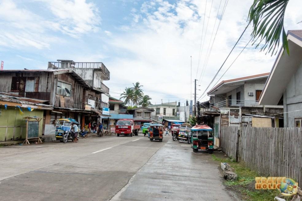 Une rue à Padre Burgos à Sogod Bay, Leyte du Sud, Philippines