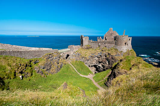 Northern Ireland Holidays - Cheap Flights and Nice Hotels in Belfast!