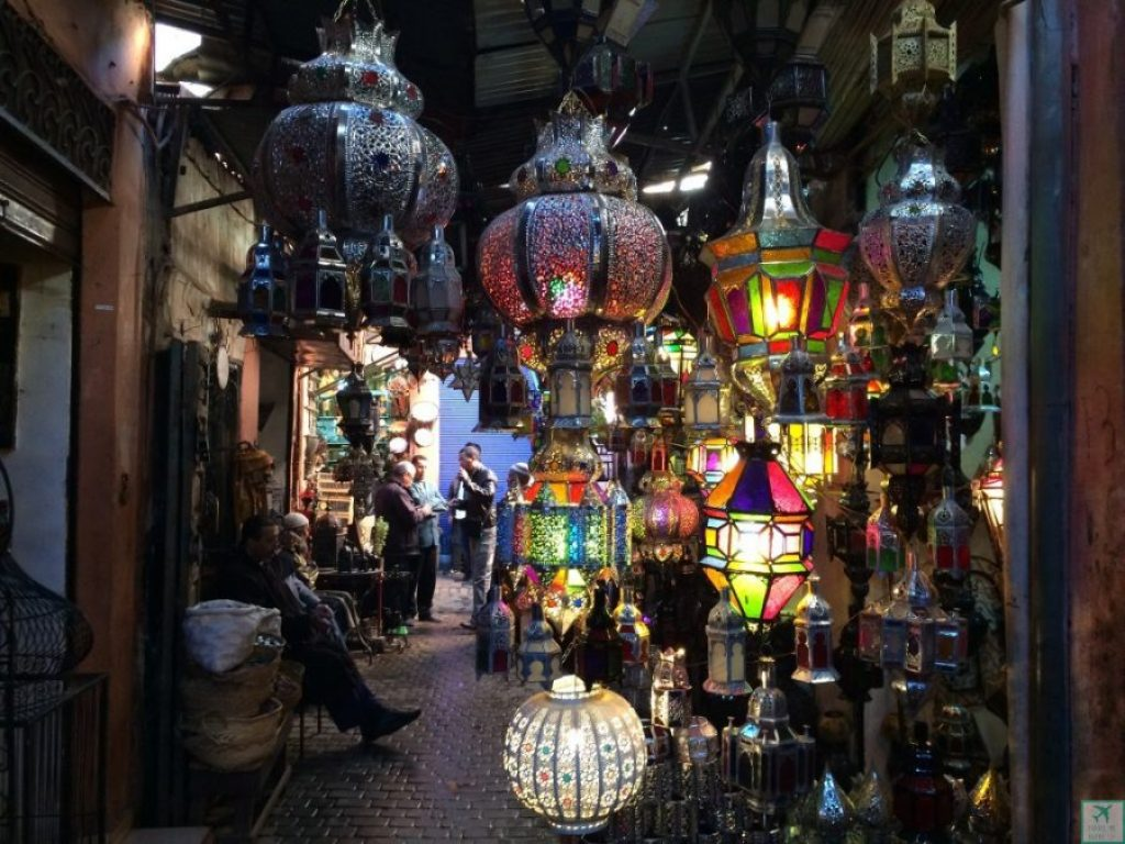 souk marrakech © Travel-me-happy.com