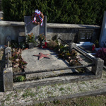 travel-slovenia-vrtovin-NLS-tomb-view
