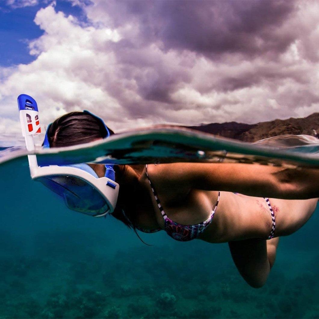 pensata per gli amanti dello snorkelling la maschera facciale per immergersi