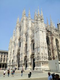 Milan - The duomo from the side