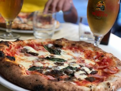 Napoli style pizza