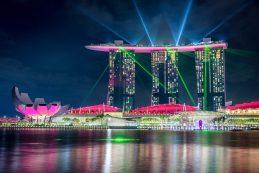 Singapore, Spectra light show