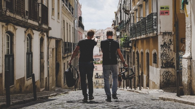 How to Find The Perfect Travel Mates
