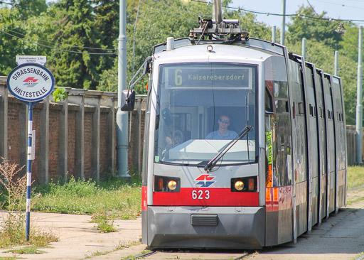 Vienna Tram Line 6