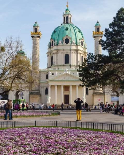 Karlskirche na primavera, Viena