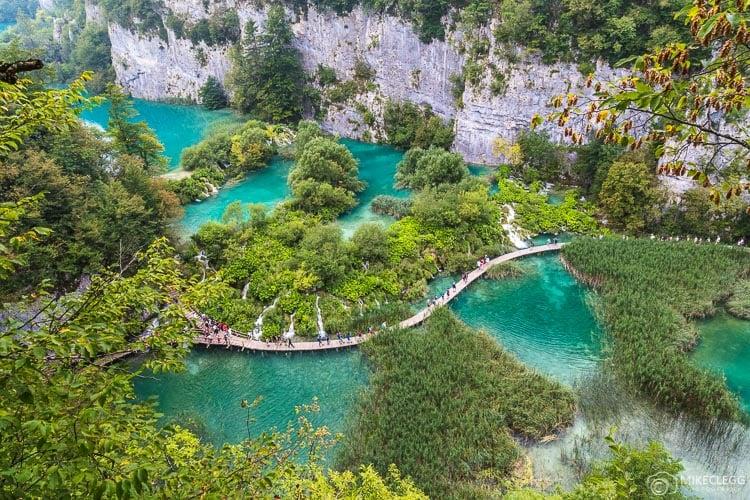 Lagos inferiores nos lagos Plitvice, Croácia