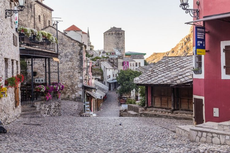 Ruas de Mostar pela manhã