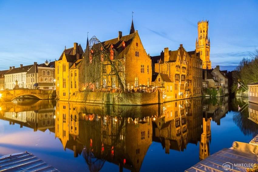 Bruges à noite