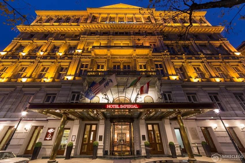 O Exterior do Hotel Imperial Vienna