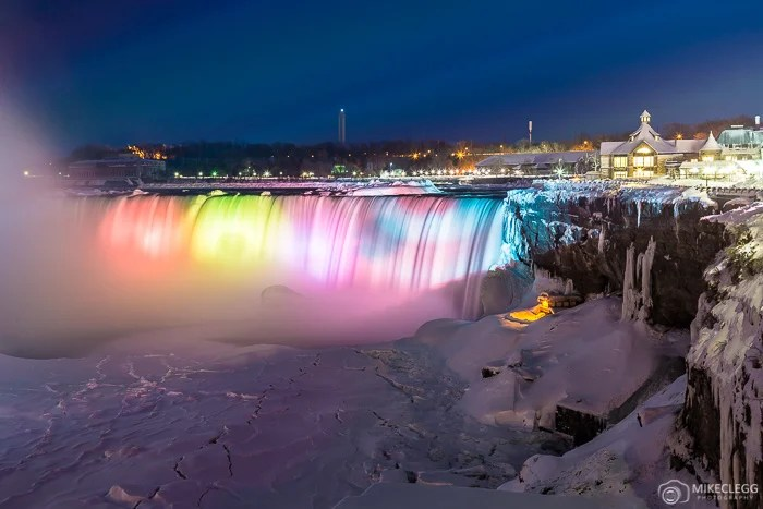 Horseshoe Falls at night with colourful lights