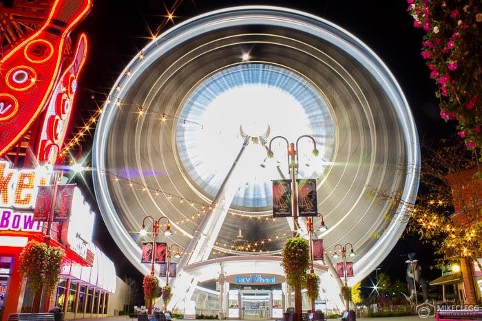 Skywheel at night