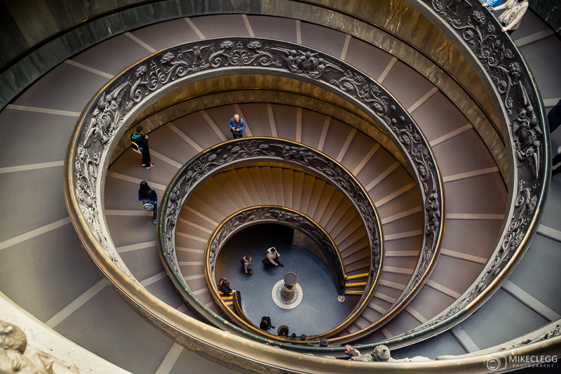 Escadaria Bramante (Momo), Museu do Vaticano