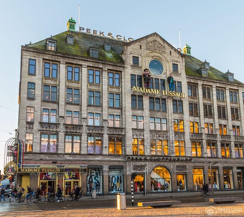 O exterior do edifício Madame Tussauds em Amsterdã