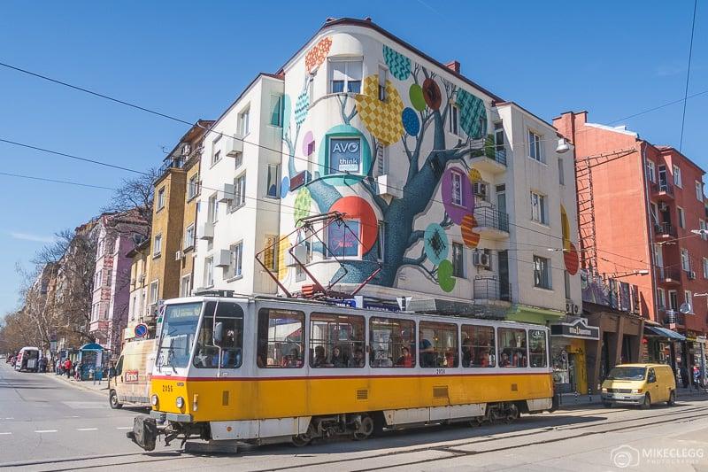 AVO Language and Examination Centre com bondes em Sofia
