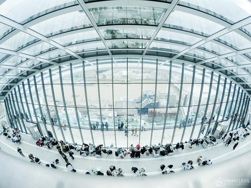 O interior do Sky Garden em Londres