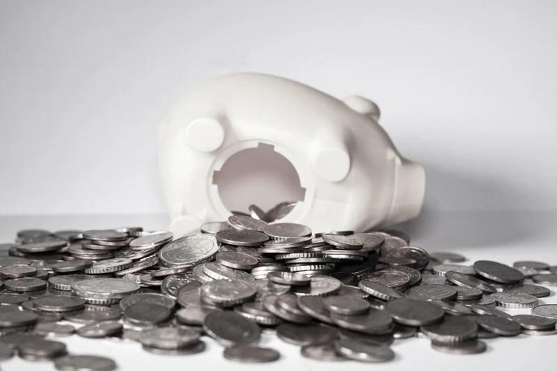 Economizando dinheiro - Piggybank - CC0 (Pixabay)