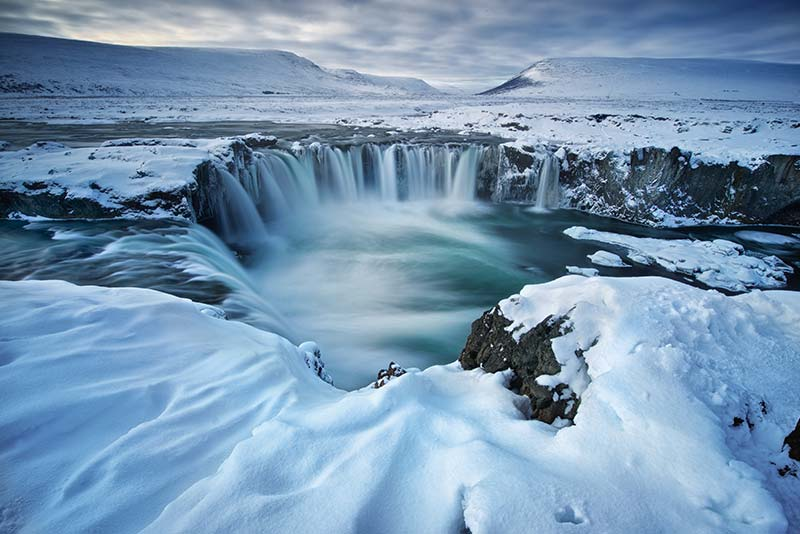 Cachoeira Godafoss no inverno