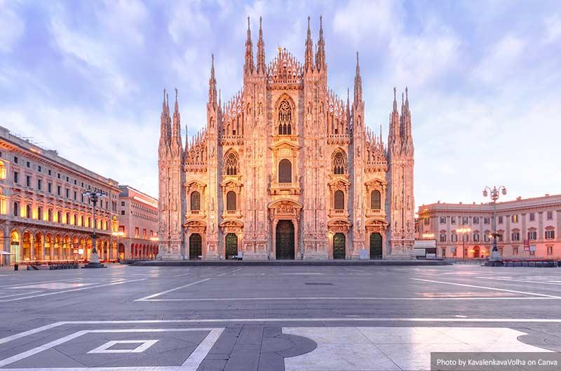 Catedral de Milão na Piazza del Duomo, Milão