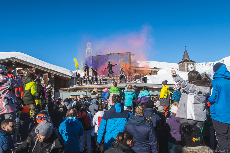Apres Scenes em Ski Resorts na França