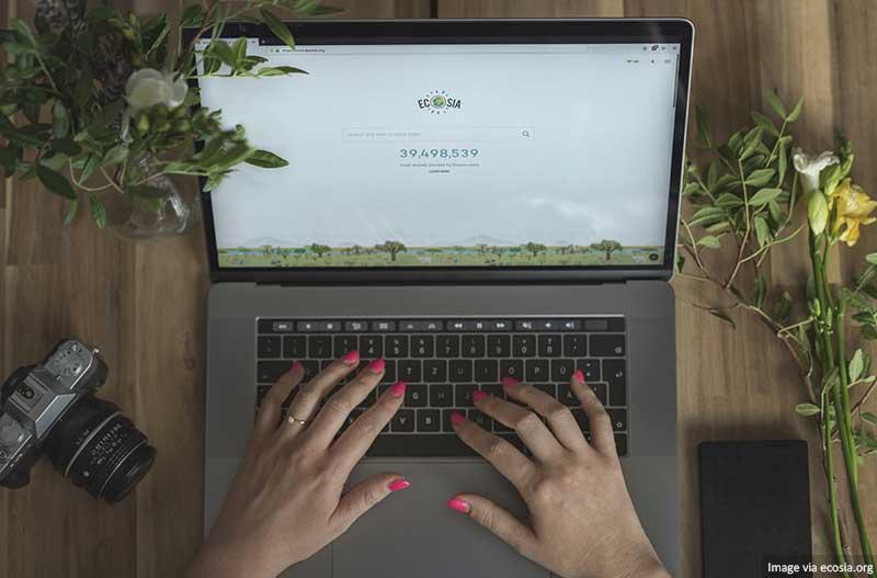 Ecosia no laptop