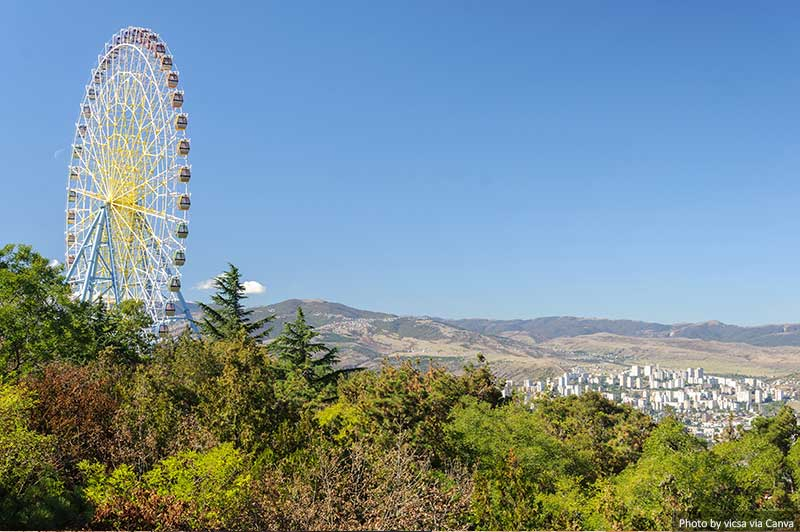 Roda gigante no Parque Mtatsminda
