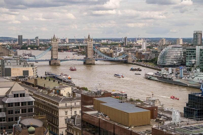 Vistas do monumento em Londres