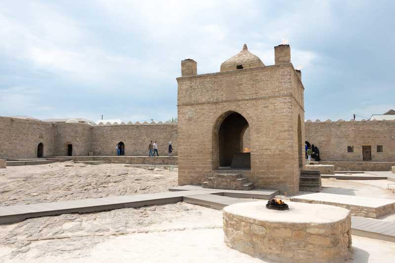 Templo do Fogo Surakhani, Azerbaijão