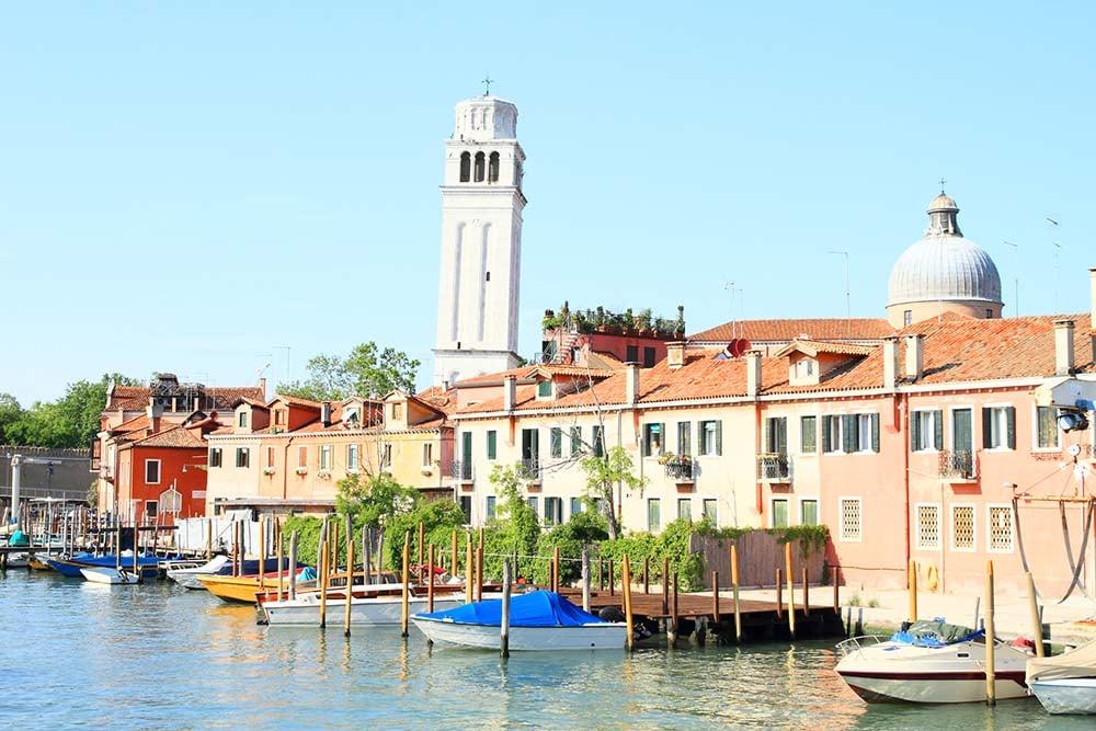 Edifícios ao longo do Rio del Giardini, Veneza
