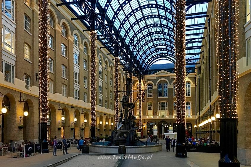 Londyn królewski trakt, Hay's Galleria