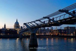 Londyn. Millenium Bridge