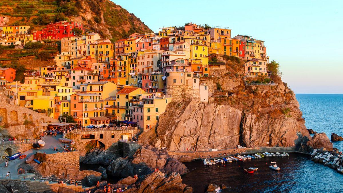 Cinque Terre by Aashish Vaidya