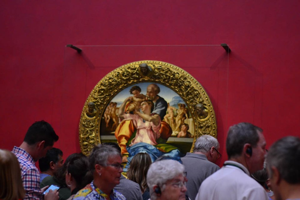 Michelangelo's 'Doni Tondo' adorns the Uffizzi