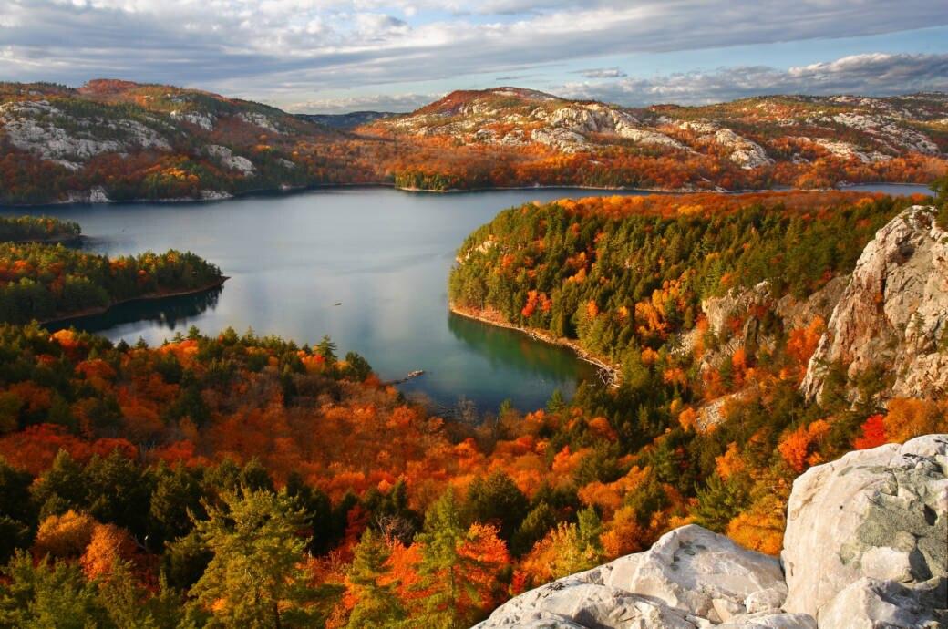 Wallpaper Images Of Fall Trees Lined Lake Einreise Nach Kanada Das M 252 Ssen Sie 252 Ber Eta Wissen