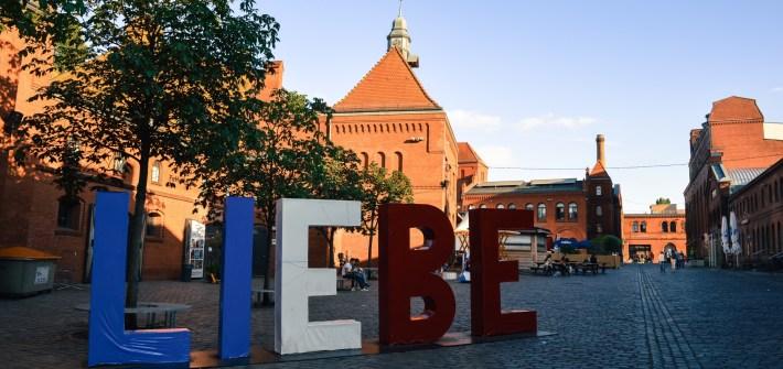 Liebe, Kulturbrauerei, Berlin, Germany