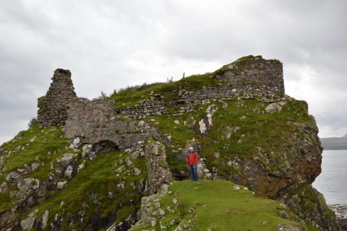 Dunscaith Castle, Tokavaig, Isle of Skye