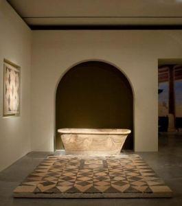 Badekar på gulv fra Kypros.