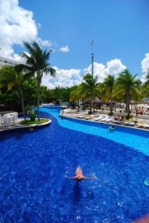 Grand Oasis Palm Cancun Resort