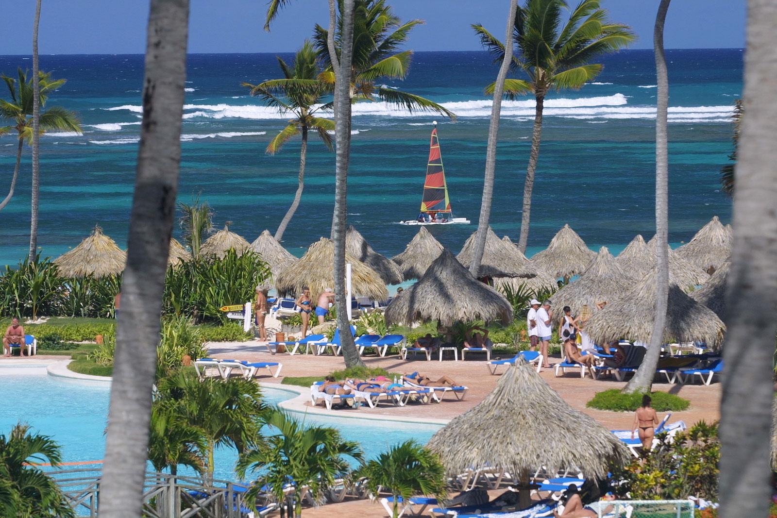 VIK Hotel Arena Blanca Amp Cayena Beach Travel By Bob