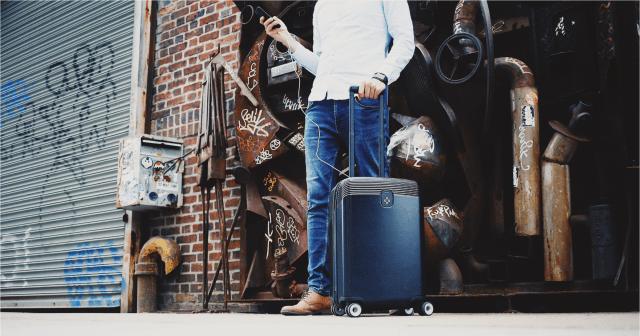 Smart phone, Smart luggage, Smart travel