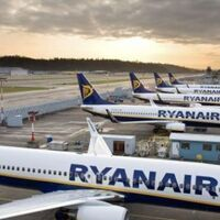 """Ryanair calls on EU governments to adopt the EU """"traffic light"""" systme in full"""