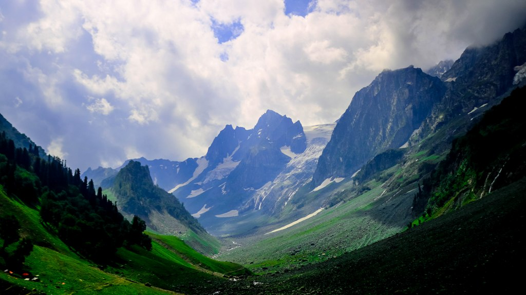 Striking landscape  in Sonamarg, Kashmir