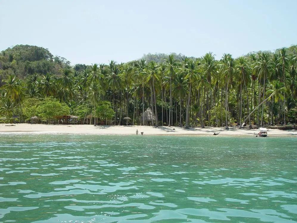 Tortuga Island in Costa Rica
